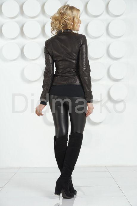 Кожаная молодежная куртка черного цвета. Фото 4.