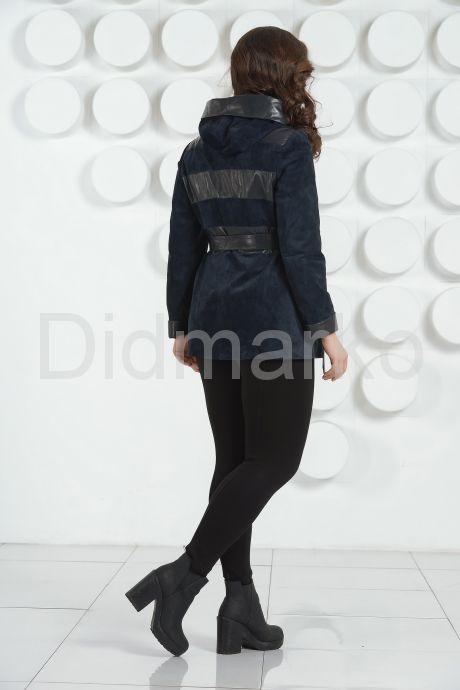 Кожаная куртка с капюшоном больших размеров