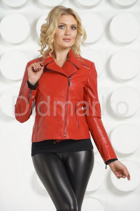 Кожаная куртка косуха красного цвета. Фото 3.