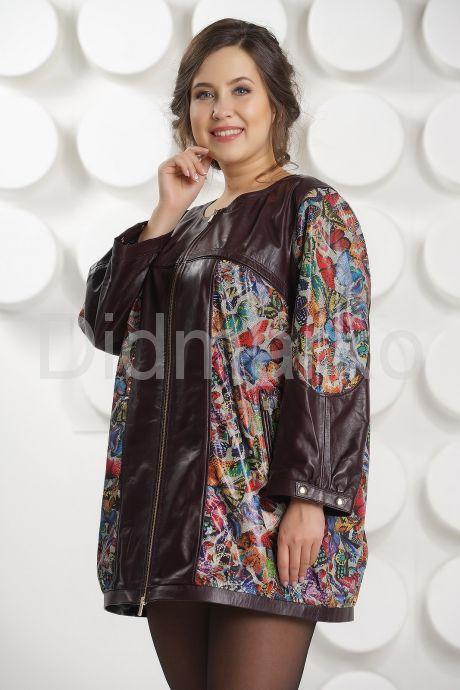 Кожаная куртка с принтом больших размеров. Фото 3.