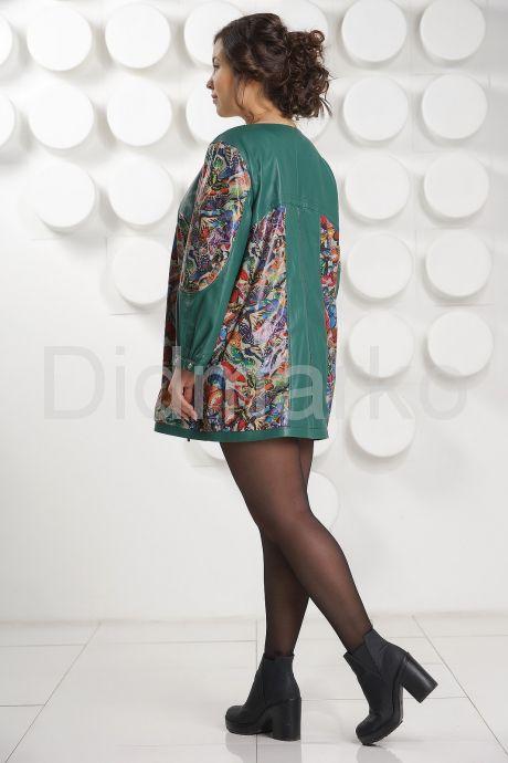 Кожаная куртка с принтом зеленого цвета больших размеров. Фото 4.