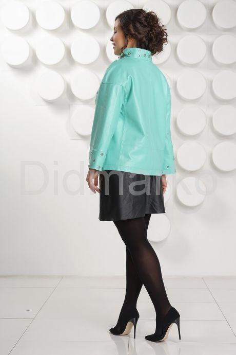 Нежная кожаная куртка больших размеров. Фото 4.