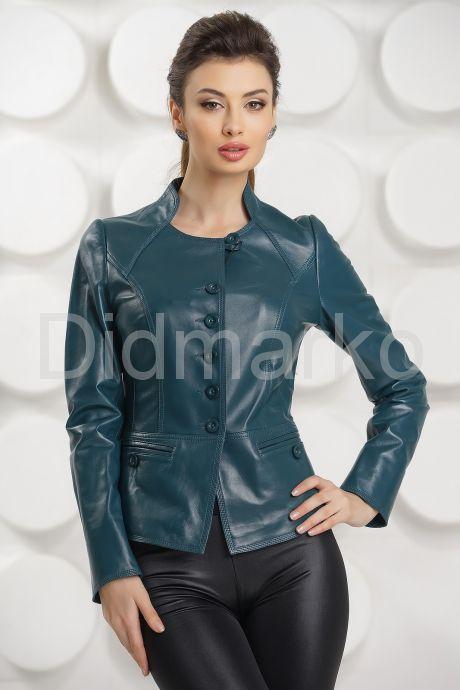 Кожаная женская куртка цвета морской волны. Фото 3.