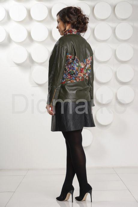 Кожаная куртка с принтом оливкового цвета. Фото 4.