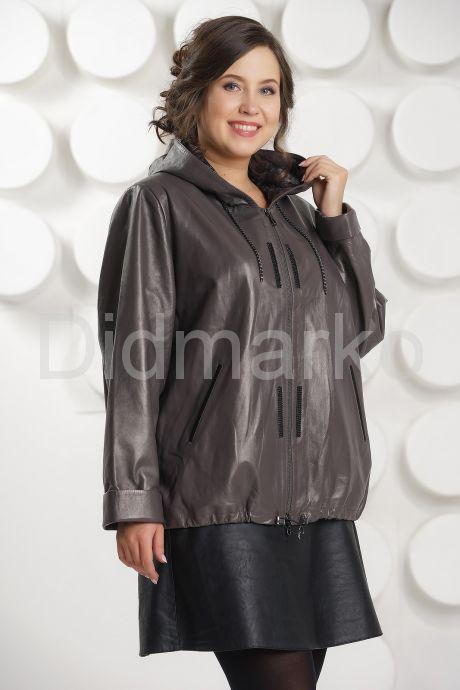 Кожаная куртка с капюшоном. Фото 2.