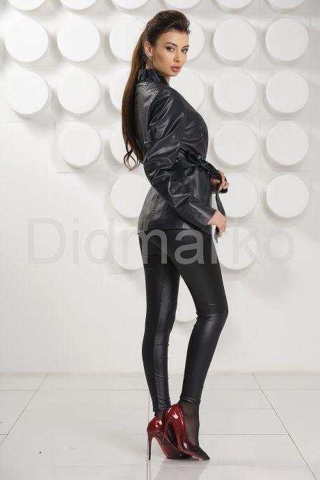 Кожаная куртка с рюшами цвета берлинской лазури. Фото 4.