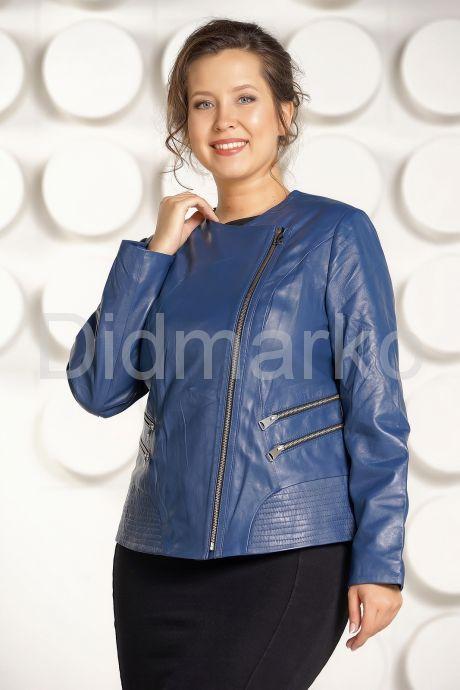 Модная куртка больших размеров небесного цвета. Фото 3.