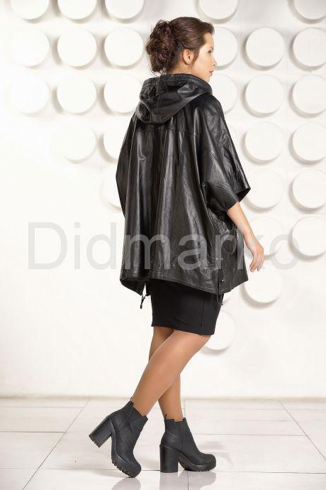 Кожаная куртка большого размера с капюшоном. Фото 4.
