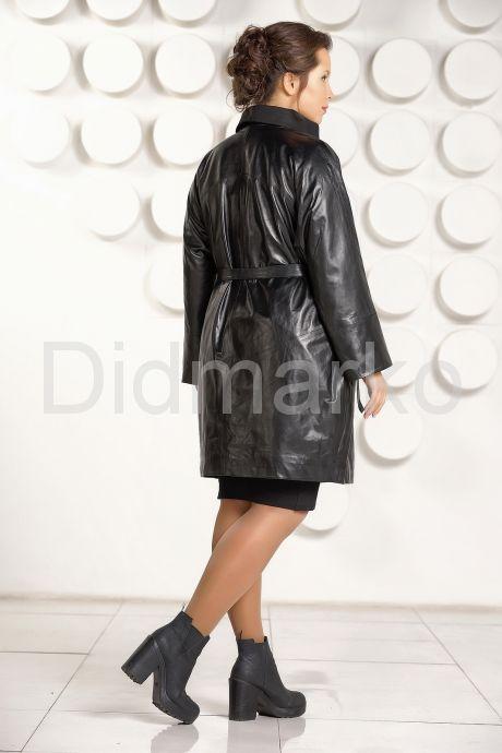 Модный кожаный плащ больших размеров. Фото 4.
