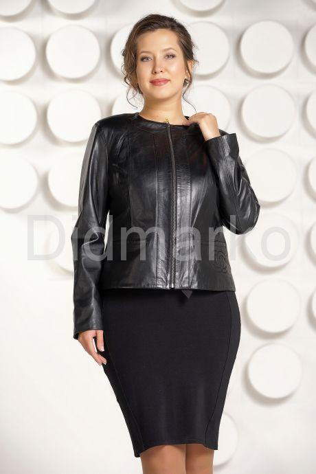 Короткая кожаная куртка для женщин черного цвета. Фото 4.