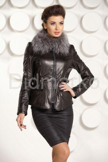 Черная кожаная куртка с мехом. Фото 2.