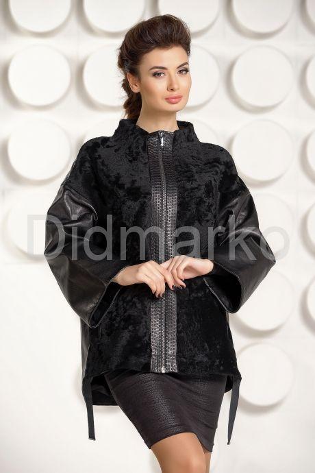 Стильная кожаная куртка с мехом астраган. Фото 2.