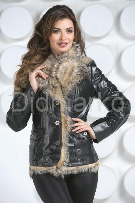 Утепленный кожаный пиджак с мехом. Фото 2.