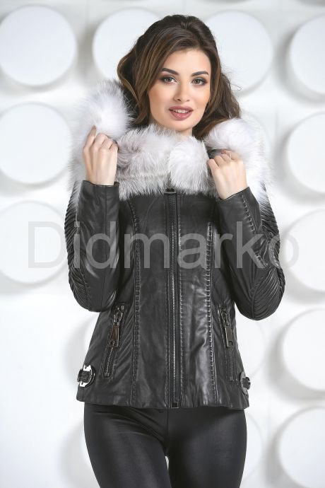 Стильная куртка с белым мехом. Фото 2.