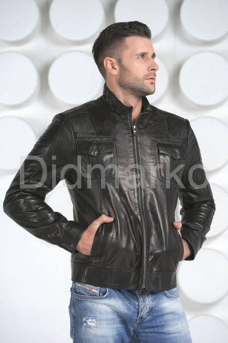 Стильная кожаная куртка черного цвета. Фото 2.