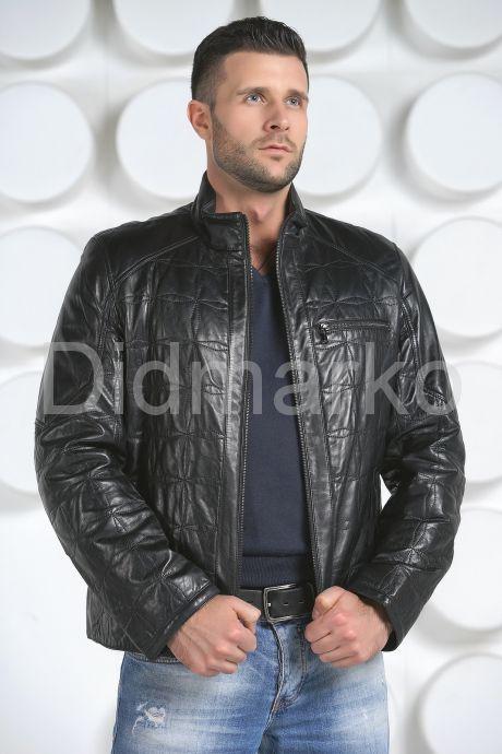 Стеганная кожаная куртка. Фото 3.
