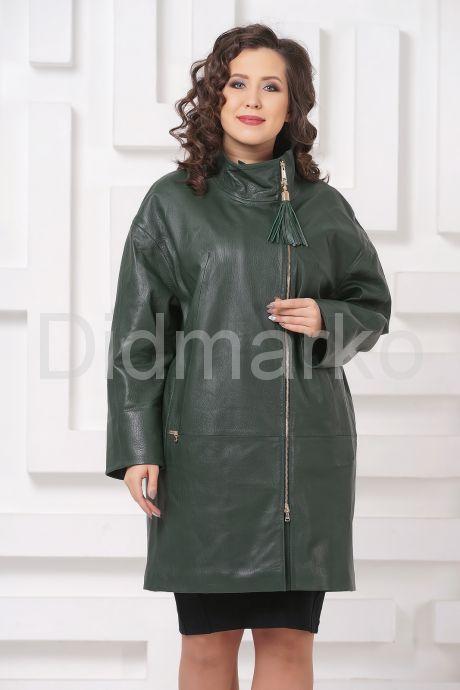 Женский кожаный плащ зеленого цвета. Фото 4.