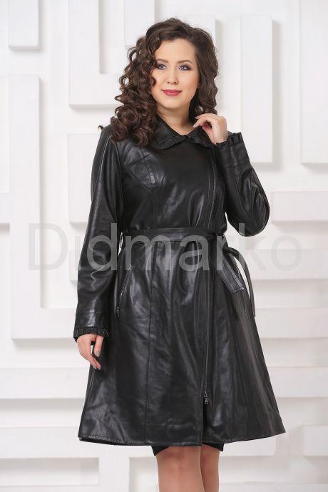 Женский кожаный плащ с рюшами. Фото 3.