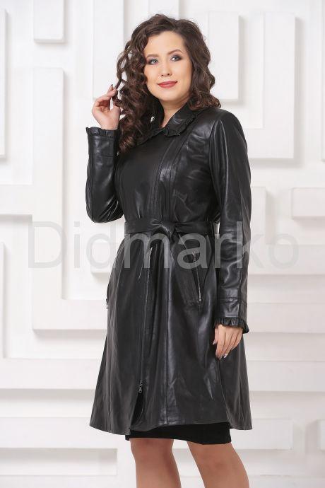 Женский кожаный плащ с рюшами. Фото 4.