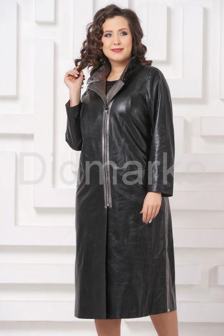 Женский кожаный плащ с серебристым воротом. Фото 4.