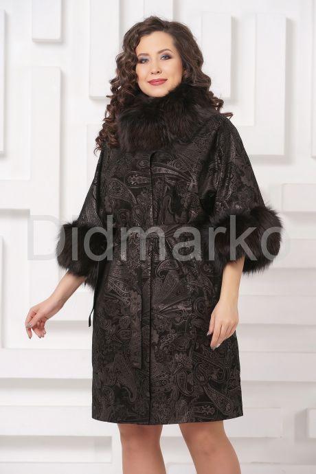 Красивое пальто из замши с  укороченными рукавами. Фото 4.