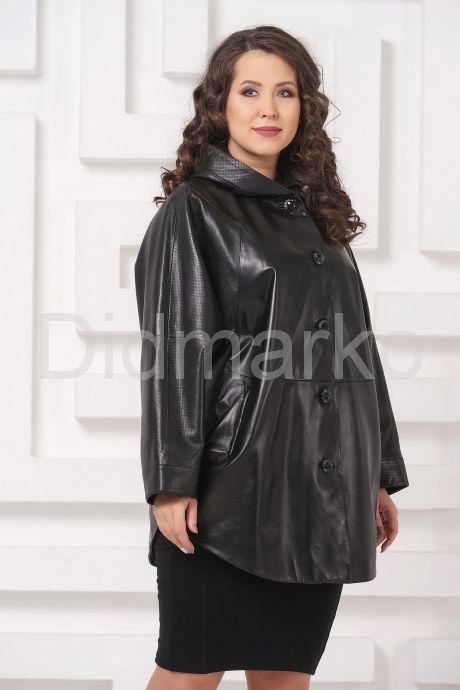 Кожаная куртка больших размеров черного цвета с капюшоном. Фото 4.