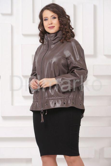 Короткая кожаная куртка цвета капучино. Фото 4.