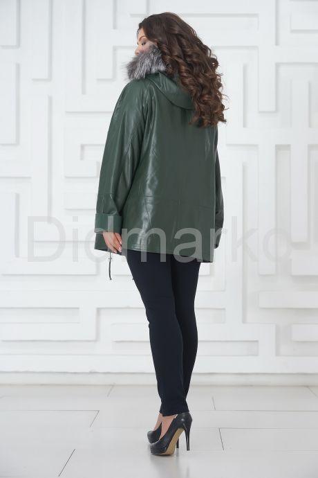 Женская кожаная куртка больших размеров зеленого цвета. Фото 5.