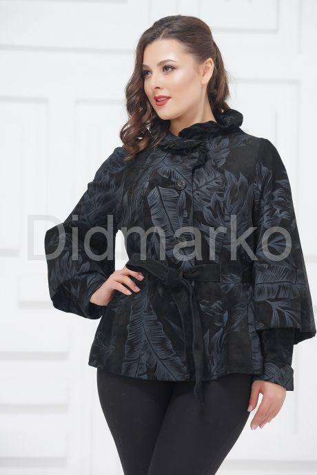 Женская замшевая куртка. Фото 2.