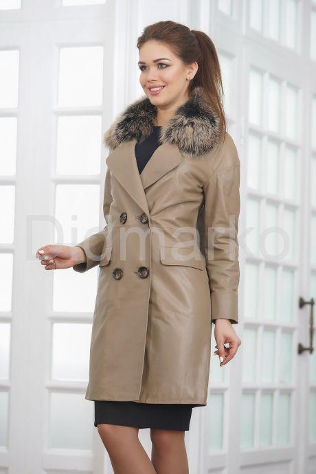 Светлое кожаное пальто. Фото 4.