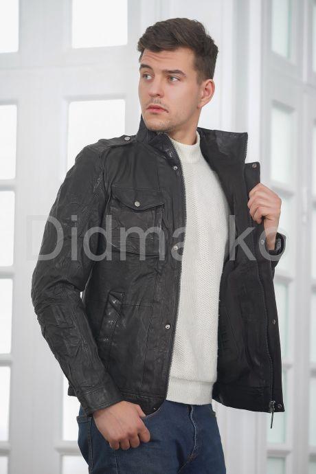 Мужская куртка из стиранной кожи в стиле милитари. Фото 4.