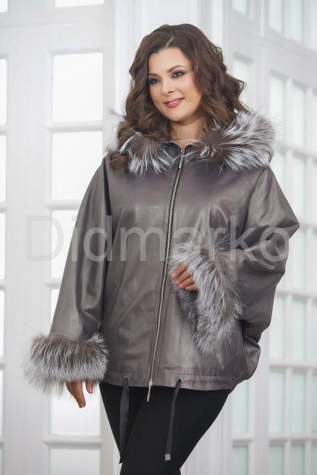 Короткая кожаная куртка с мехом летучая мышь