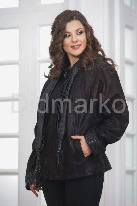 Куртка из замши со съемным шарфом. Фото 5.