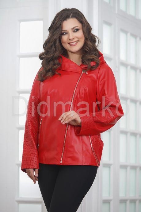 Красная кожаная куртка косуха с капюшоном. Фото 5.