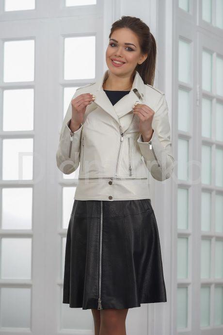 Кожаная куртка косуха жемчужного цвета. Фото 3.