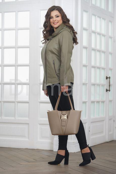 Женская кожаная куртка косуха с капюшоном. Фото 5.