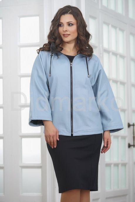 Женская кожаная куртка небесного цвета. Фото 4.