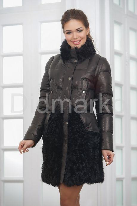 Теплое кожаное женское пальто. Фото 4.