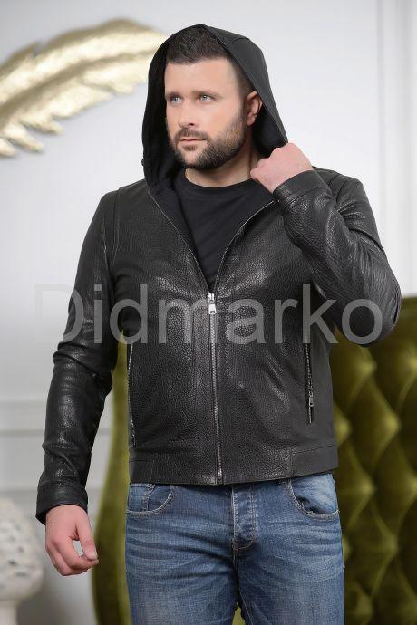 Короткая мужская куртка с капюшоном. Фото 2.