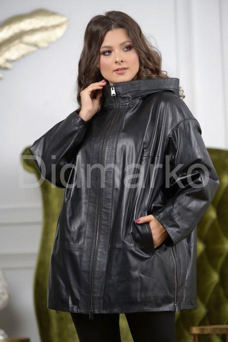 Женская кожаная куртка больших размеров с капюшоном. Фото 5.