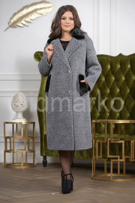 Деловое двубортное женское пальто. Фото 2.