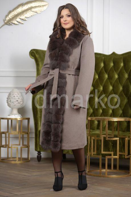Женское пальто больших размеров с меховой опушкой. Фото 10.