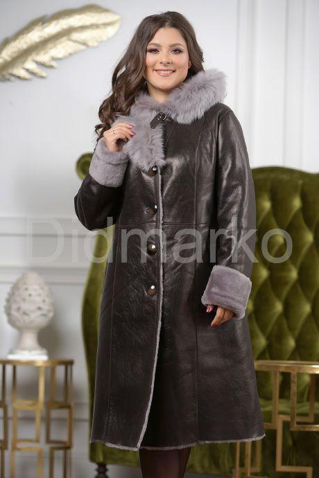 Зимнее пальто из овчины с капюшоном. Фото 3.