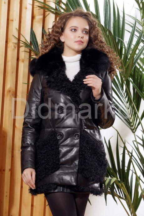 Стильный кожаный пуховик с мехом барашка. Фото 6.