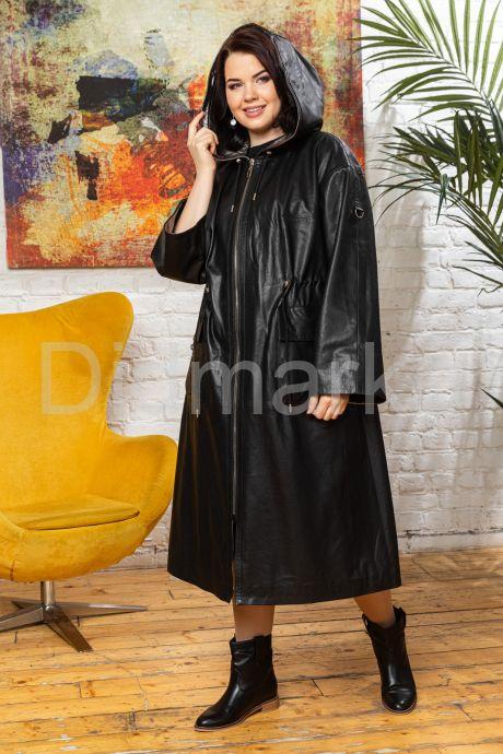 Стильный кожаный плащ с капюшоном. Фото 7.