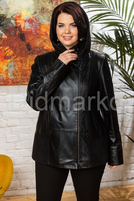 Женская кожаная куртка с капюшоном