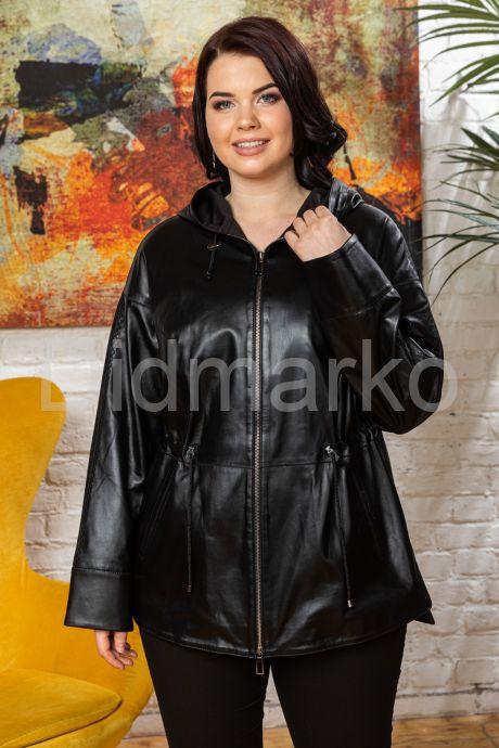 Женская кожаная куртка с капюшоном на кулиске. Фото 5.