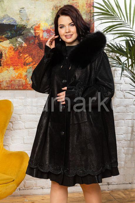 Трапециевидное пальто из замши. Фото 7.
