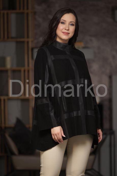 Комбинированная кожаная женская куртка свободного кроя. Фото 1.