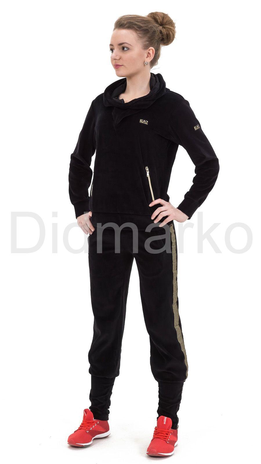d196b1f6 Велюровый спортивный костюм черного цвета с капюшоном купить по цене ...